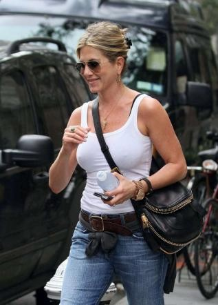 Vip News Notizie Jennifer Aniston Seno Decollet Gossip